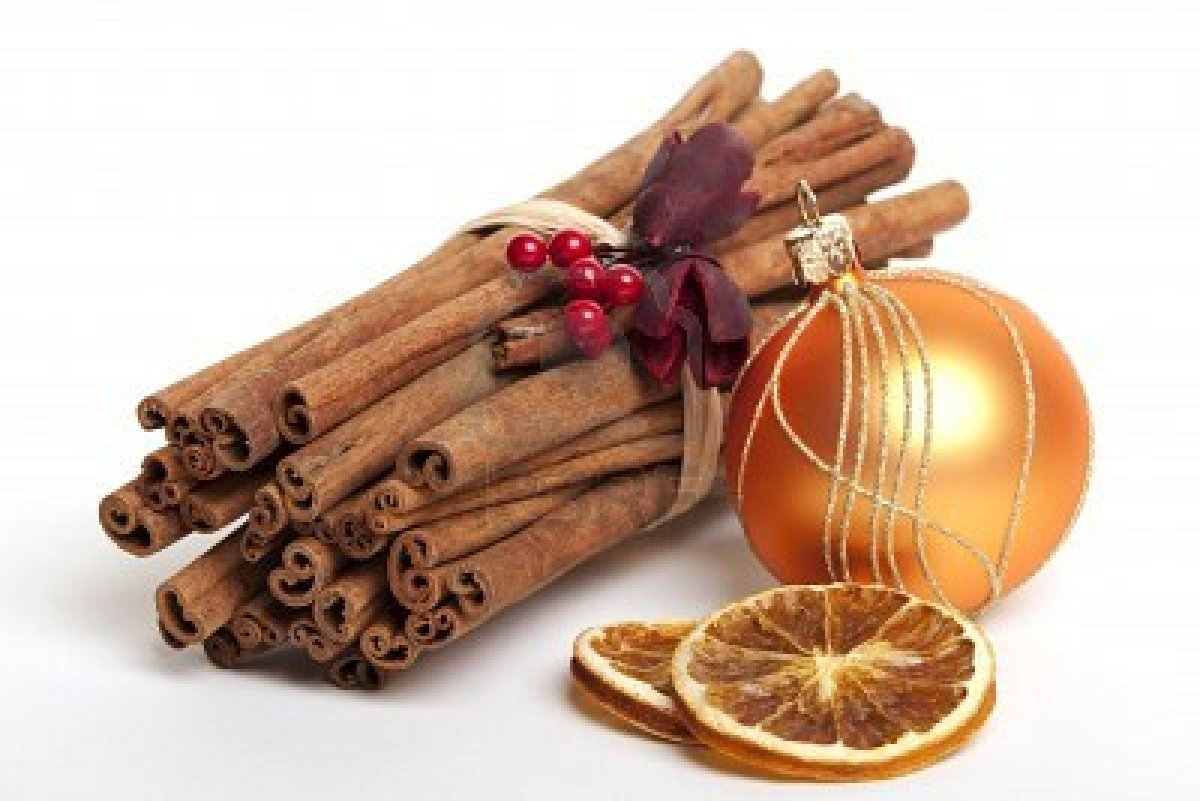 Make your home smell christmas y for Baking oranges for christmas decoration